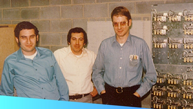 Picture of Zebra Technologies Co\u002Dfounders Ed Kaplan and Gary Cless with Stew Shiman