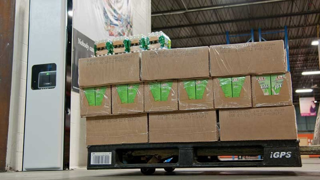 Warehouse floor with packages